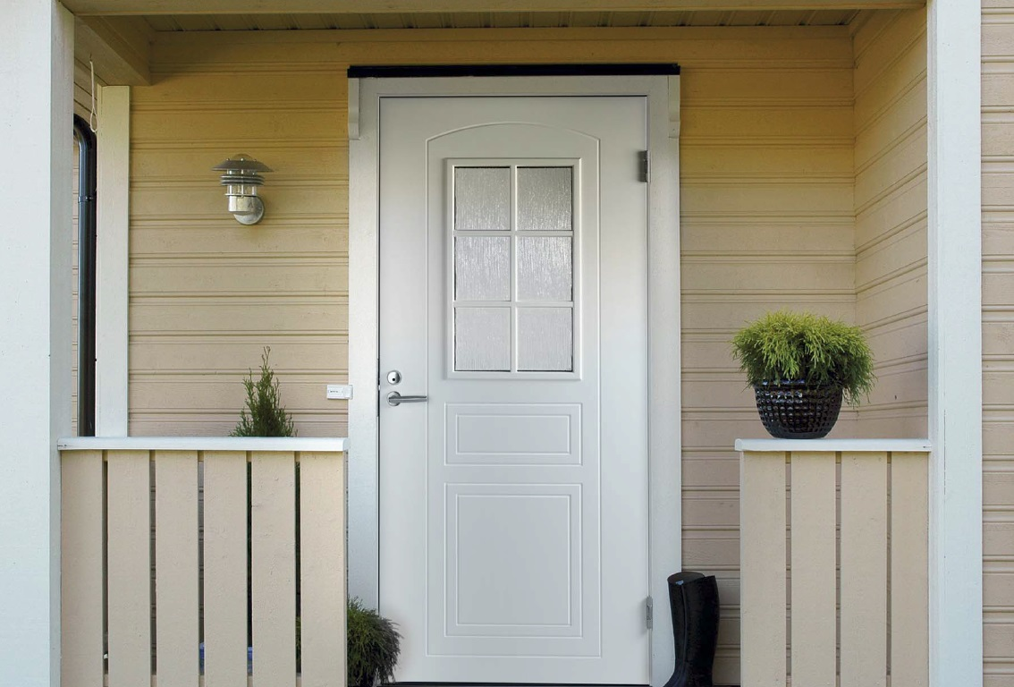 Купите недорогие межкомнатные двери со шпоном от